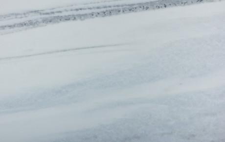 Mármore Branco Cintilante Azulado - detalhe
